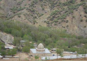کمک دو میلیارد و پانصد میلیون ریالی خیر باشتی جهت بقعه متبرکه امامزاده علی علیه السلام شهرستان چرام